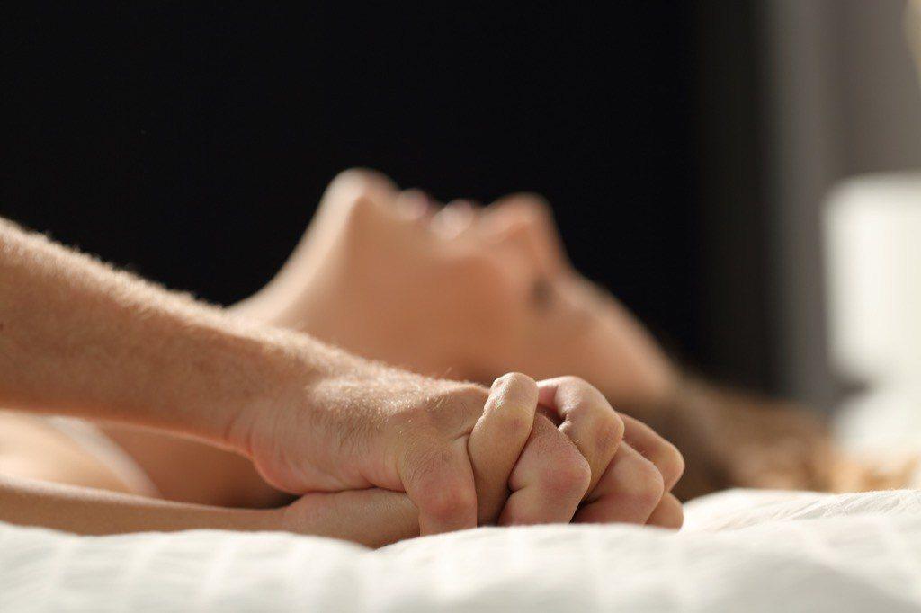 15-façons-faciles-de-faire-durer-le-sexe-beaucoup-plus-longtemps-40-ans-et-plus-2