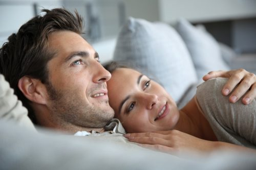 Découvrez-les-10-secrets-pour-garder-votre-femme-heureuse-40-ans-et-plus-3
