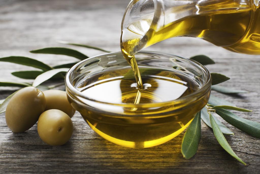 huile-olive-aliments-40-et-plus