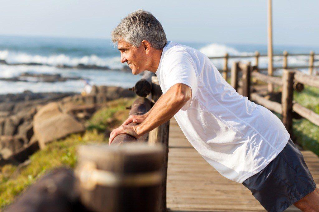 40-raisons-etre-celibataire-apres-40-ans-homme-sport