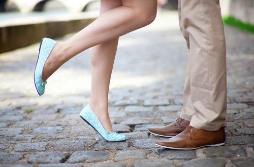 20-questions-a-ne-pas-poser-a-un-premier-rendez-vous-40-et-plus-couple-premier-baiser