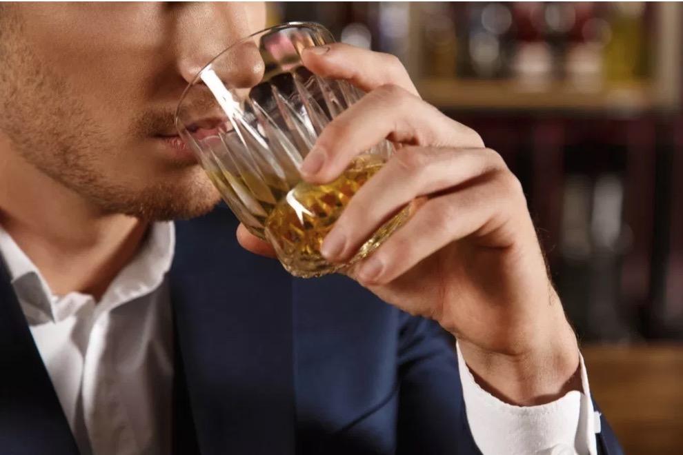 40-et-plus-nouvel-an-alcool