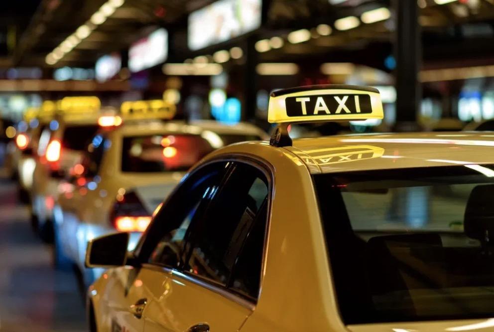 40-et-plus-nouvel-an-taxi