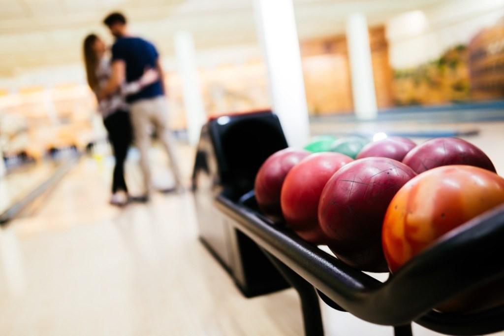 bowling-40 idées irrésistibles de premier rendez-vous - 40 et plus