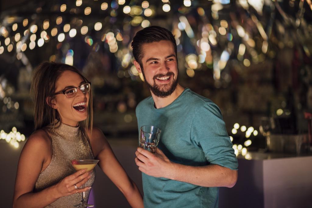 couple-jazz-40 idées irrésistibles de premier rendez-vous - 40 et plus