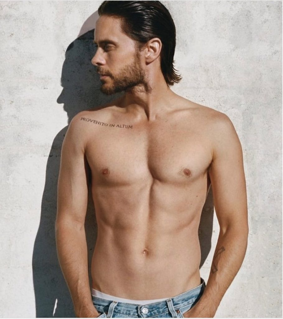 Jared-Leto-homme-40-ans-sexy-40etplus